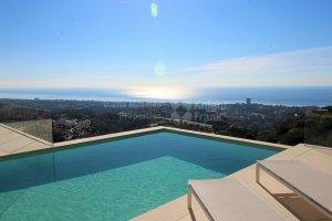 Impressive Villa With Panoramic Views