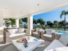 Villa with stunning qualities and sea views in Sierra Blanca.