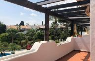 Sunny 2 bedroom penthouse in Sierra Blanca, Marbella