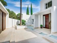 Villa for rent in Brisas del Golf, Nueva Andalucia