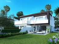 Semi Detached House for sale in New Golden Mile, Estepona