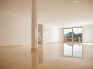 Villa for sale in Los Arqueros, Benahavis