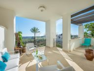 Apartment for sale in Mirador del Paraiso, Benahavis