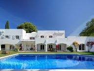 Villa for rent in Nueva Andalucia