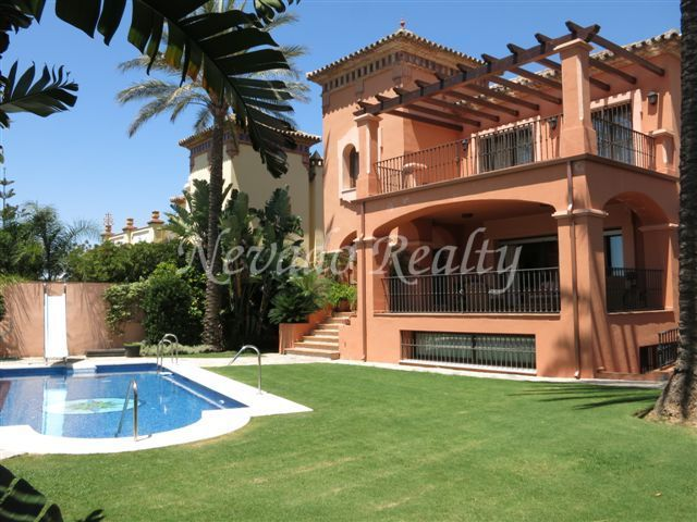 Nice villa located close to Marbella centro.