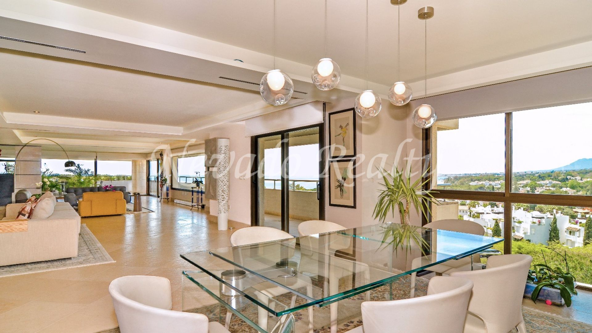 Stunning penthouse with panoramic sea views in Residencial Palacio de Congresos