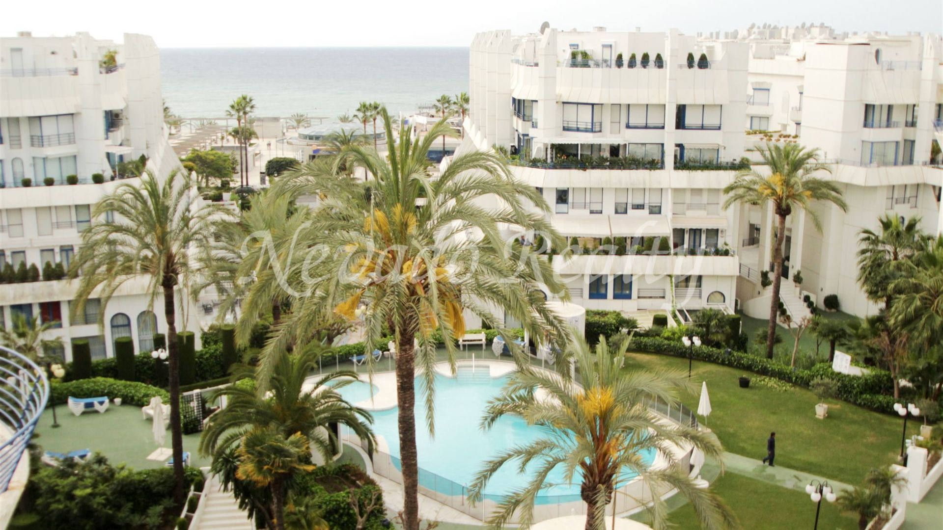 Penthouses for sale in Marbella House, in Marbella town