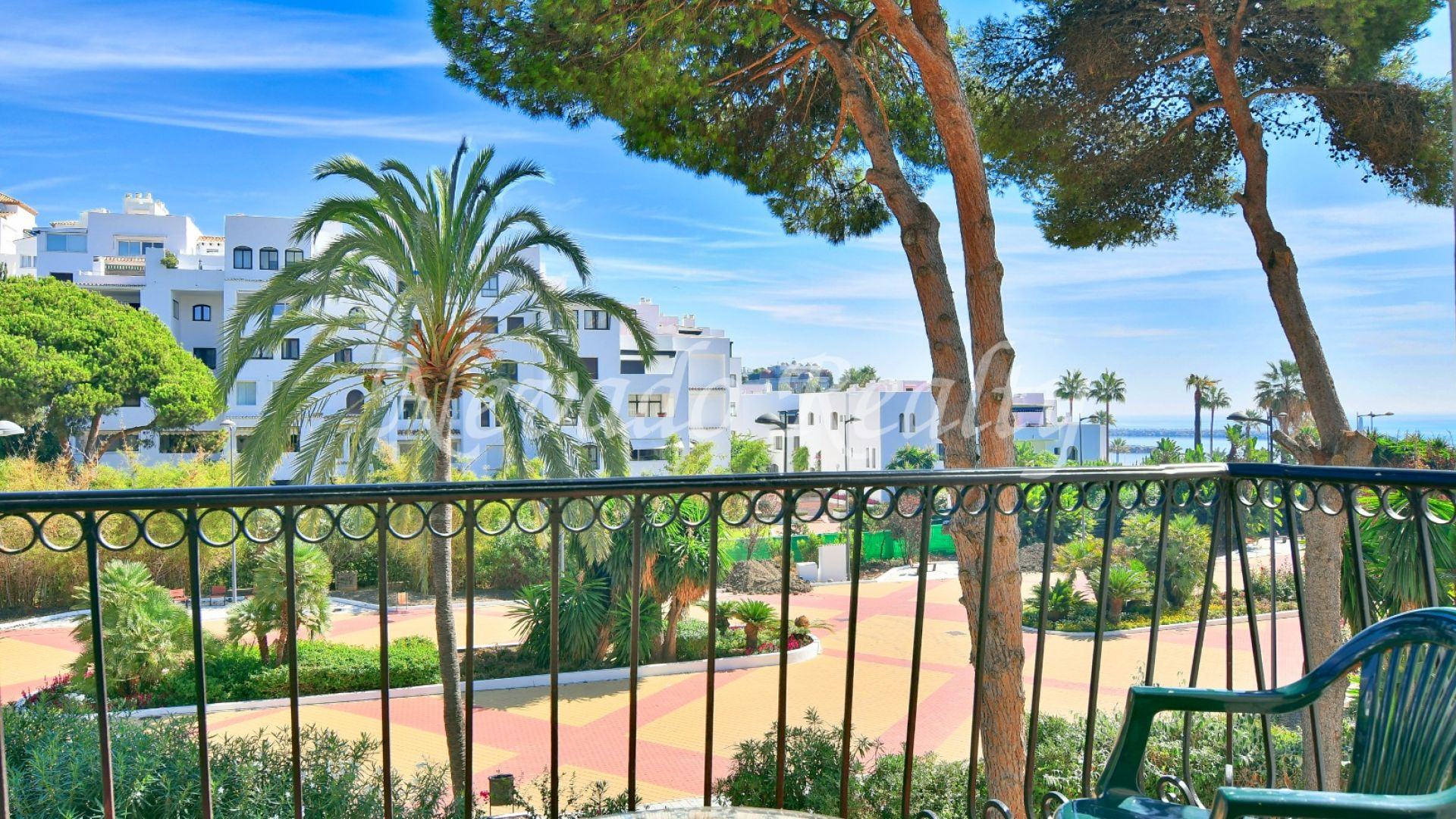 Great investment Opportunity! Two apartments for sale with sea views in Puerto Banús