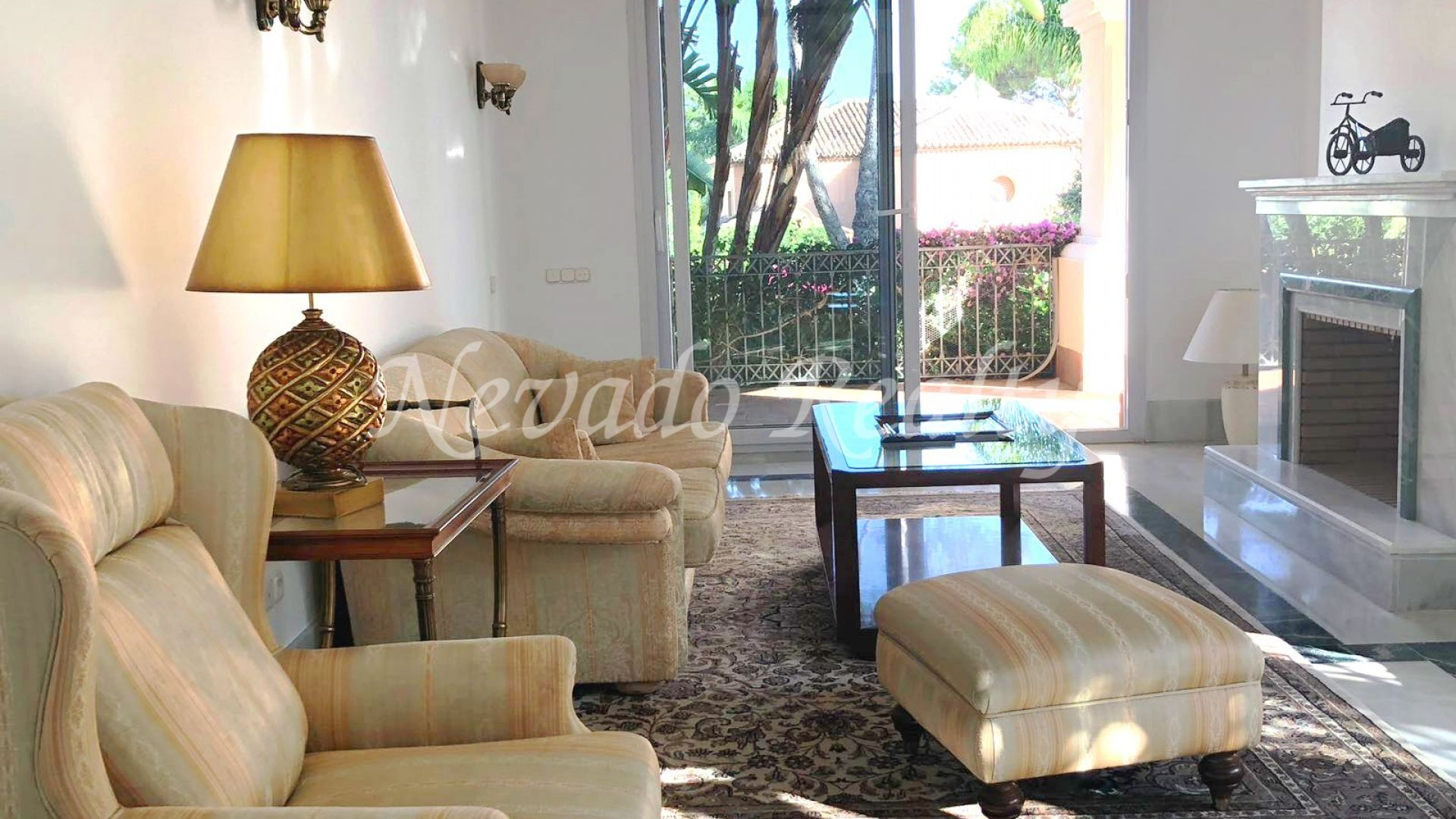 Apartment for rent in Altos Reales, Marbella Golden Mile