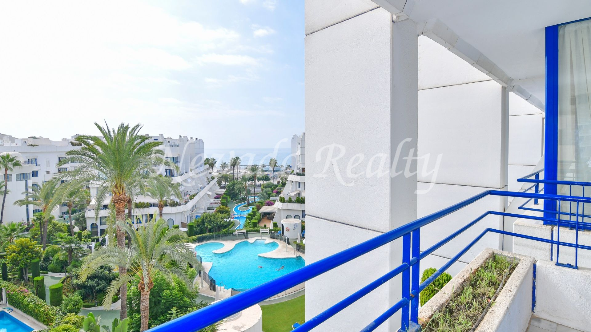 Impeccable south facing beachside penthouse for sale in Marbella centre