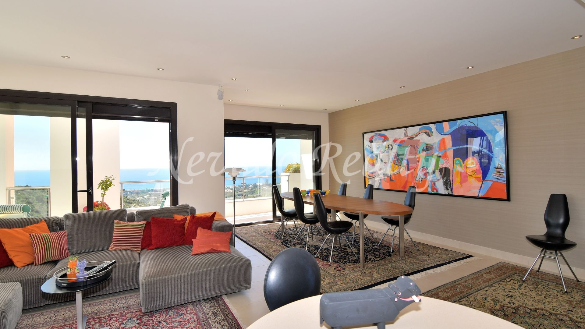 Sensational corner penthouse for sale with panoramic views over the sea and the mountains