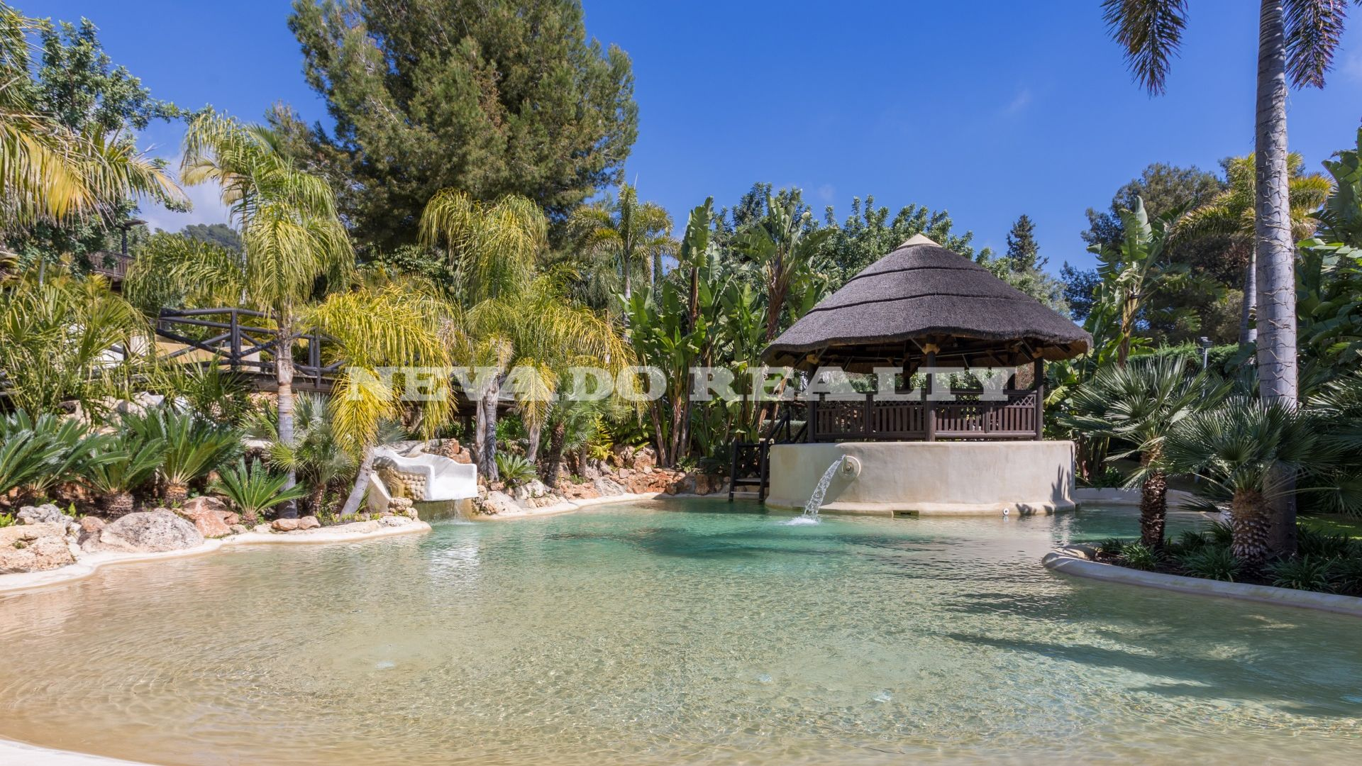 Outstanding villa in the Marbella Golden Mile with more than 8.000 sqm of land and mature gardens