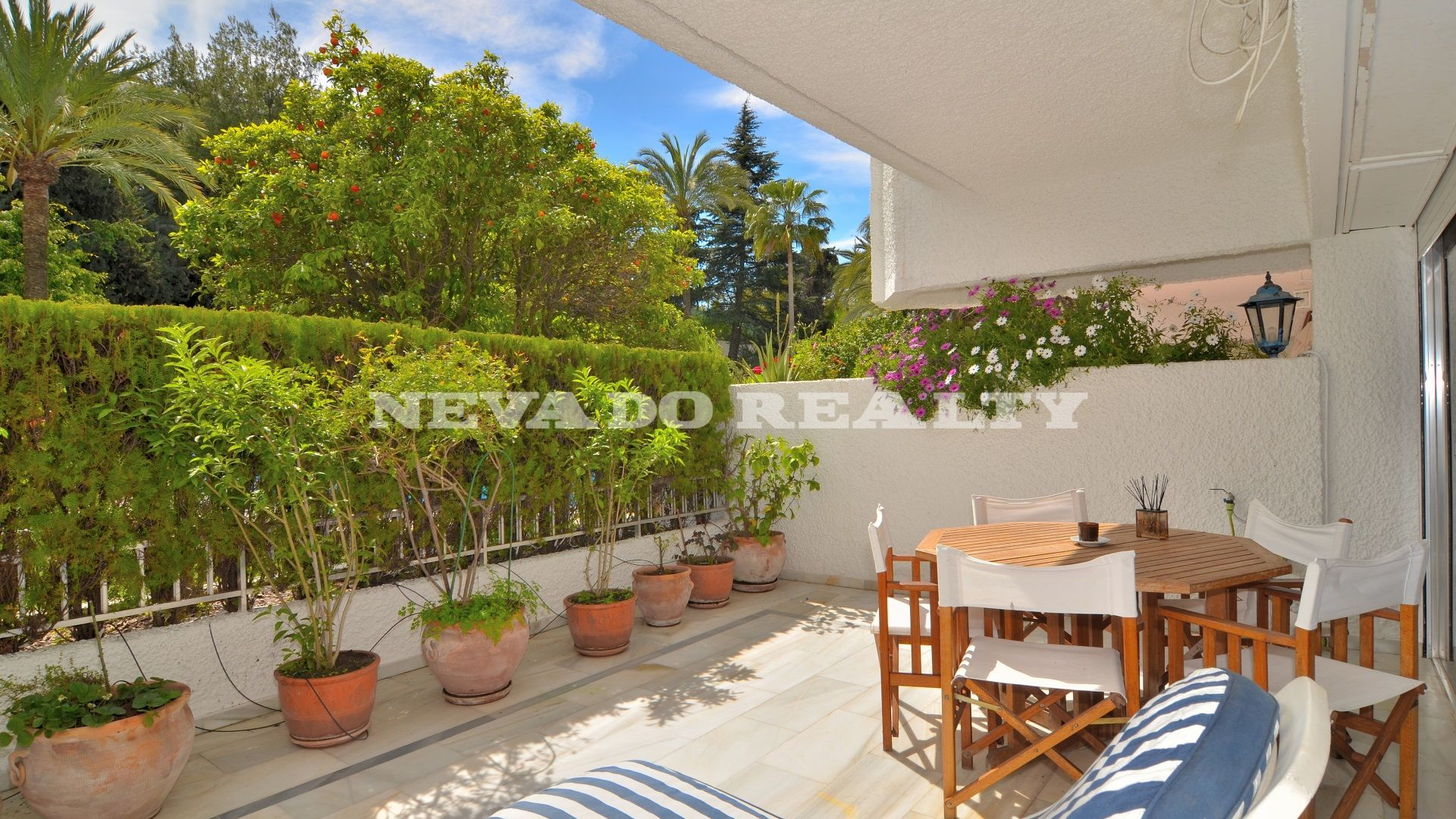 ground floor apartment for sale close to the beach
