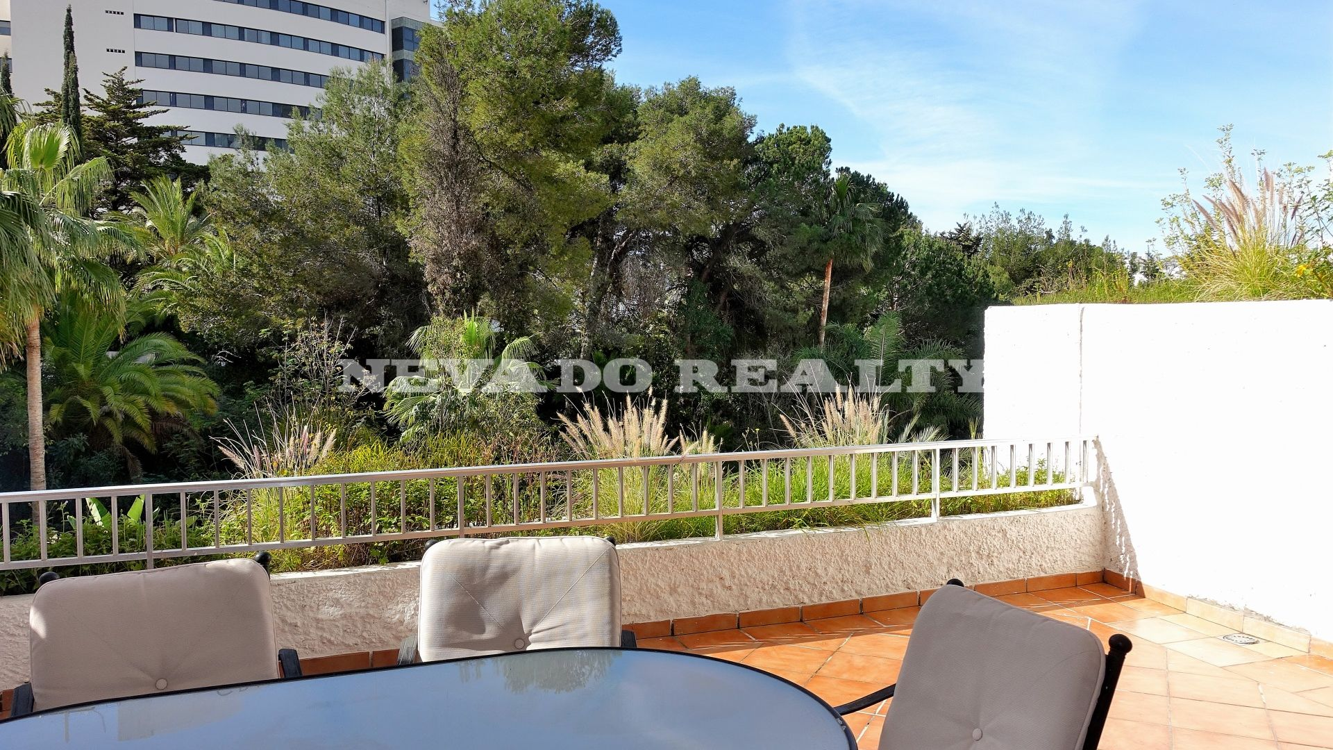 apartment for sale just a step from the beach in Marbella