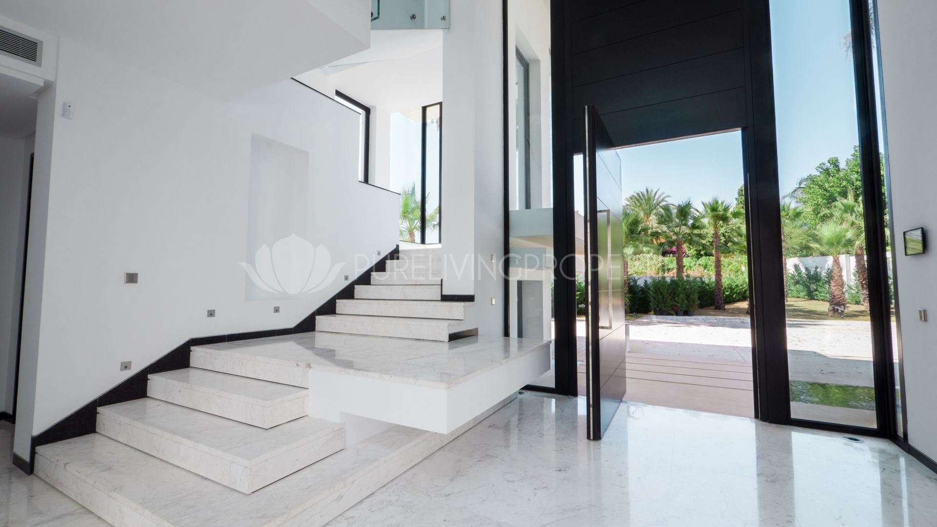 Luxurious Villa in Guadalmina Baja, Marbella