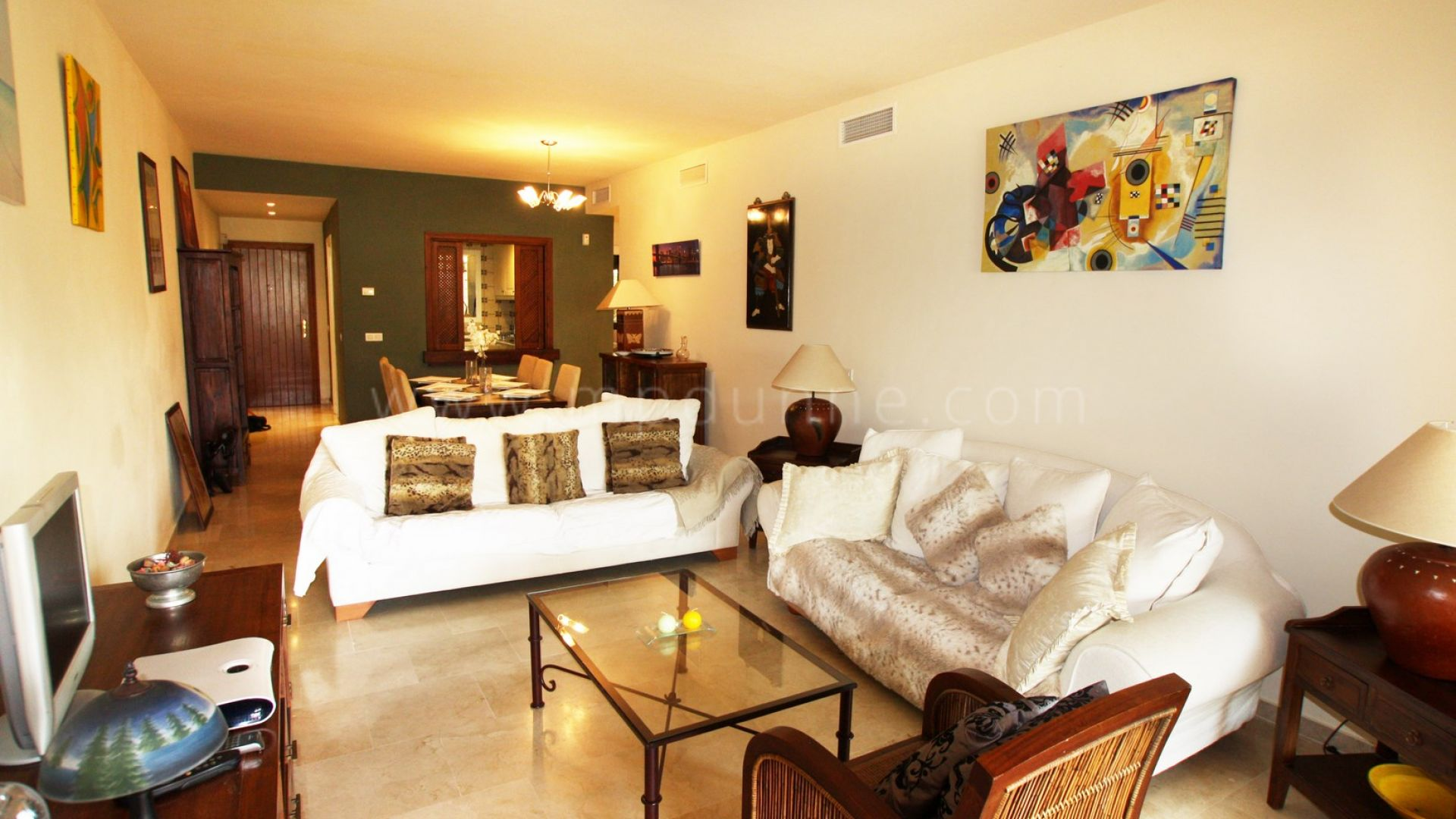 2 chambres au rez de appartement vendre el campanario estepona. Black Bedroom Furniture Sets. Home Design Ideas