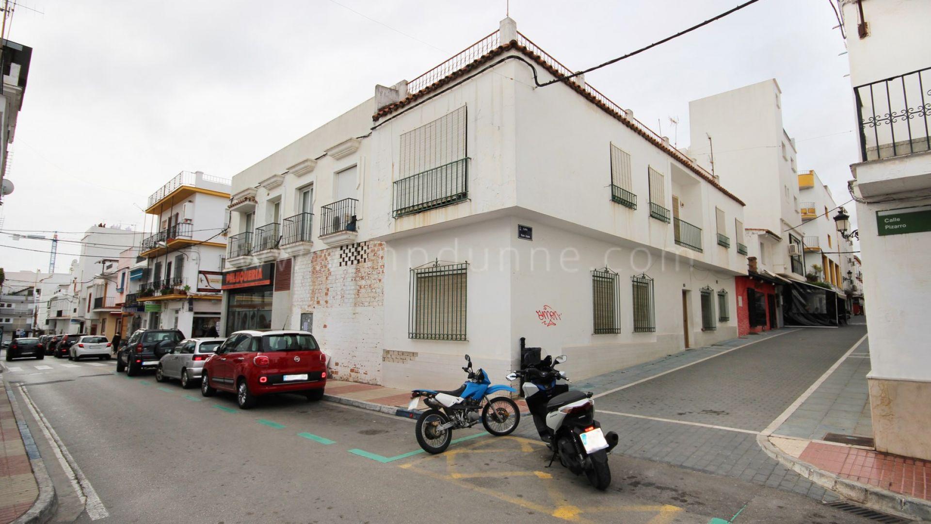 Immobilier r sidentiel avec des locaux commerciaux san pedro centre - Maison a vendre san francisco ...