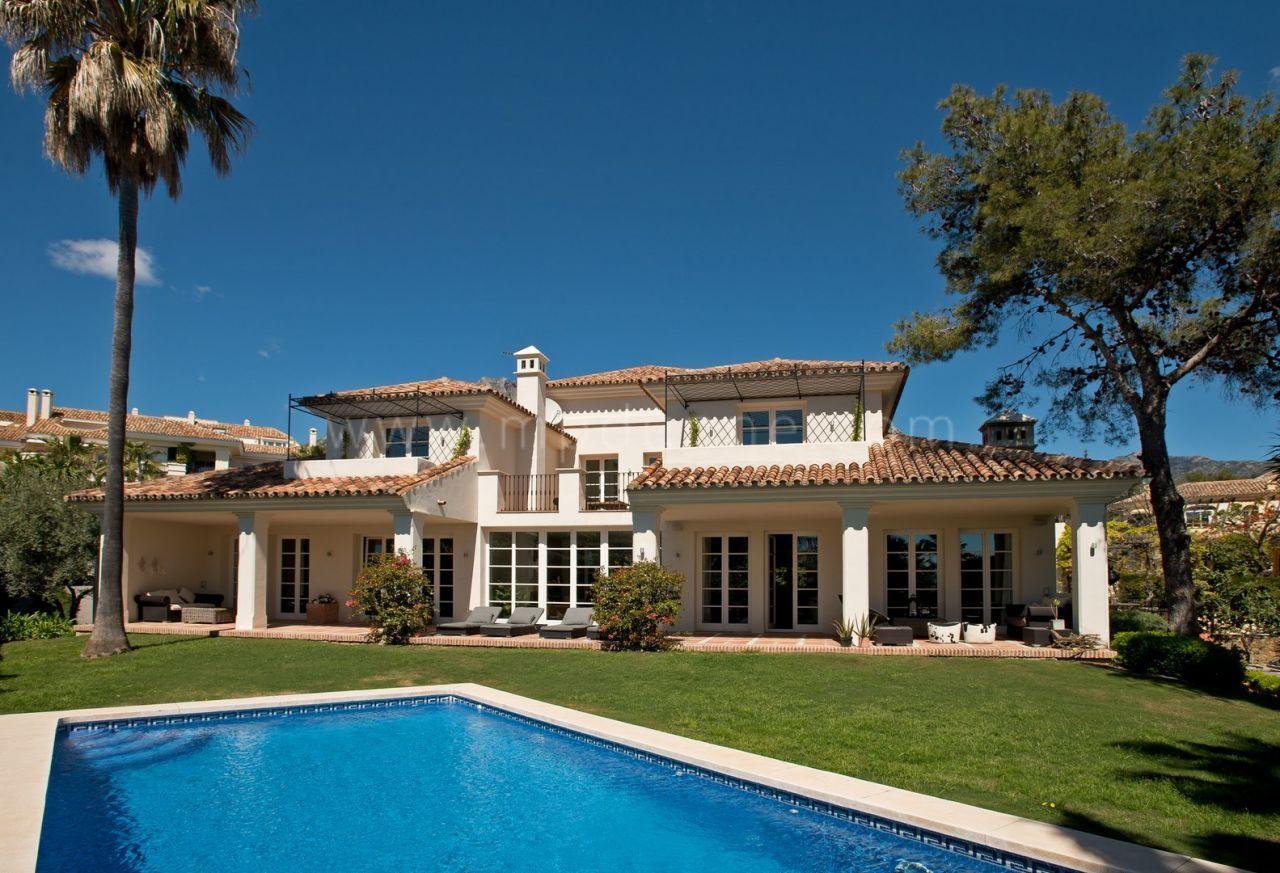 fr MPV2208 villa altos reales marbella golden mile