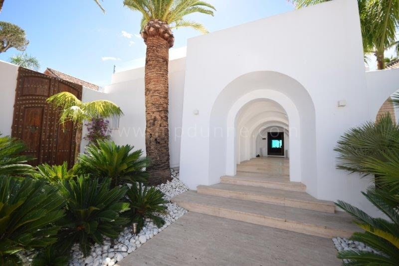Villa for sale in Guadalmina Baja, San Pedro de Alcantara