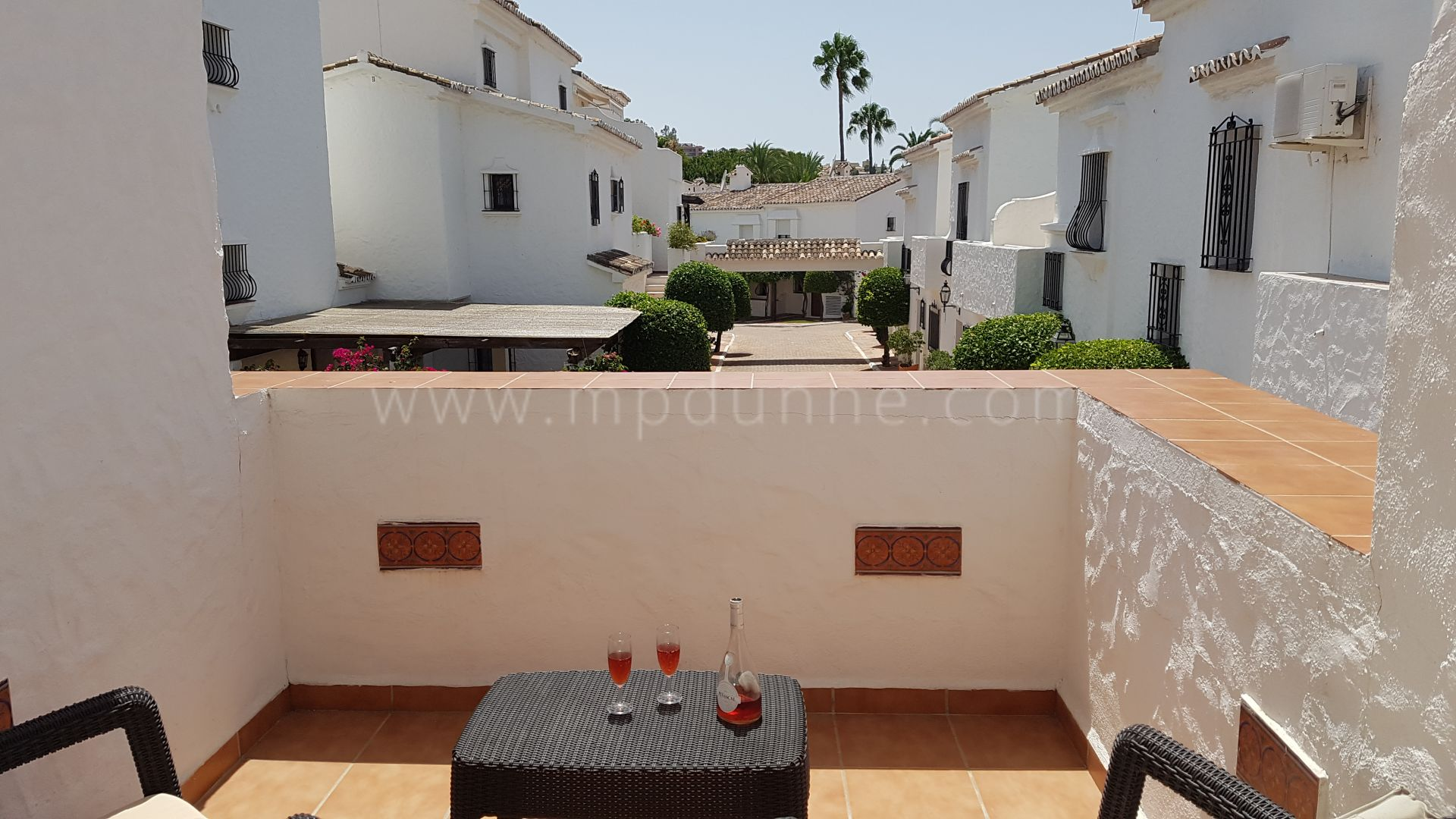 Town House for sale in Los Naranjos Country Club, Nueva Andalucia