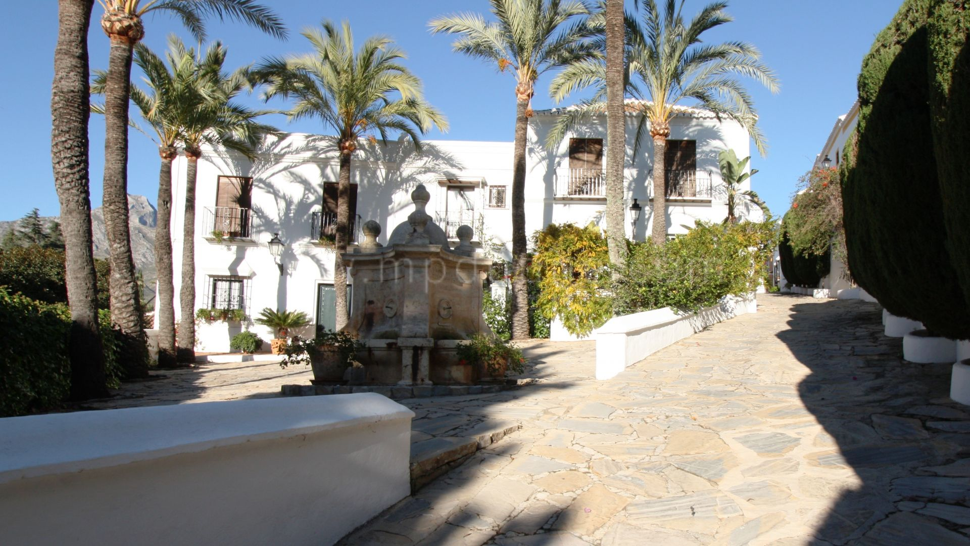 Town House for sale in Lomas Pueblo, Marbella Golden Mile