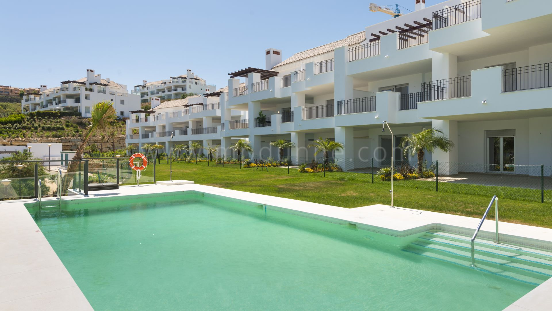Development in La Mairena, Marbella East