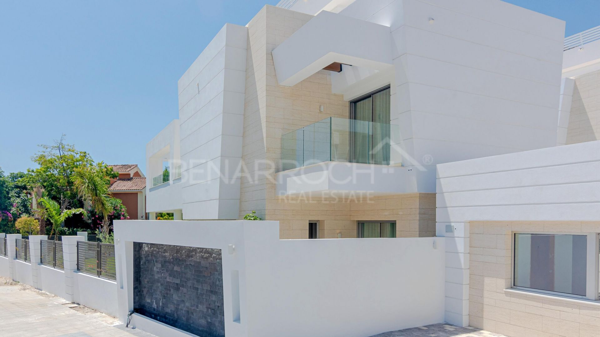 Ground Floor Duplex for sale in Puerto Banús