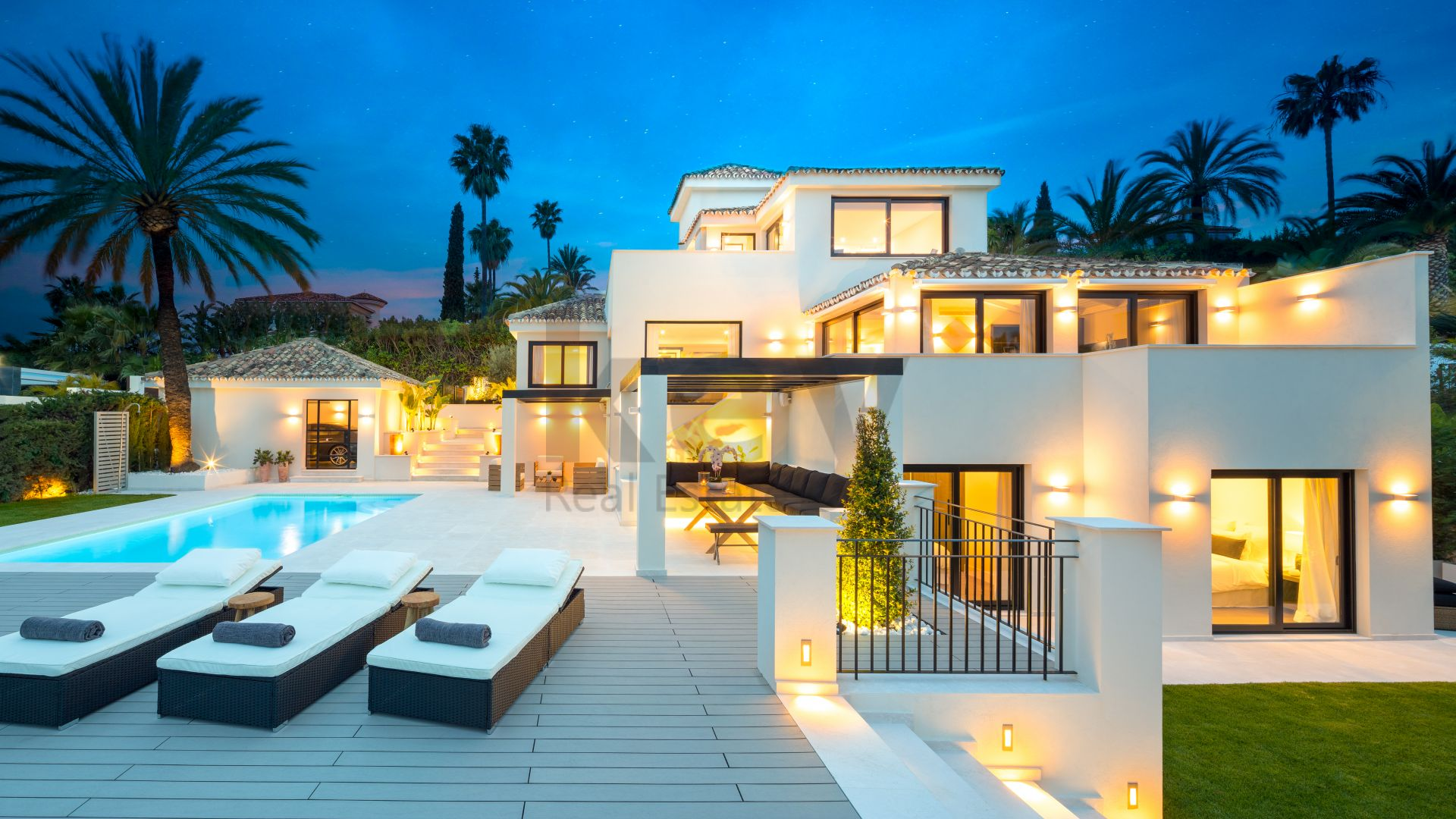 Marvellous villa for sale in Los Naranjos Hill Club, Marbella