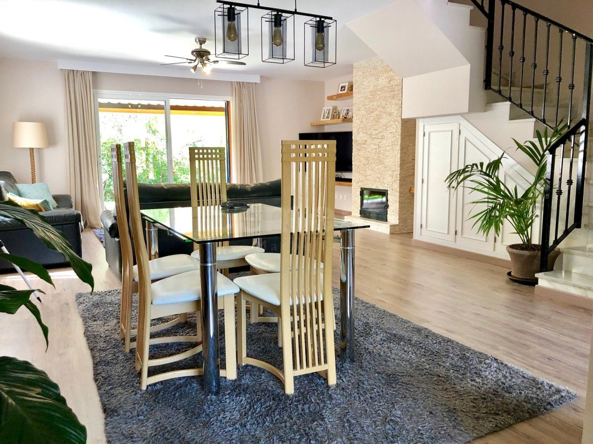 Town House for sale in Diana Park, Estepona