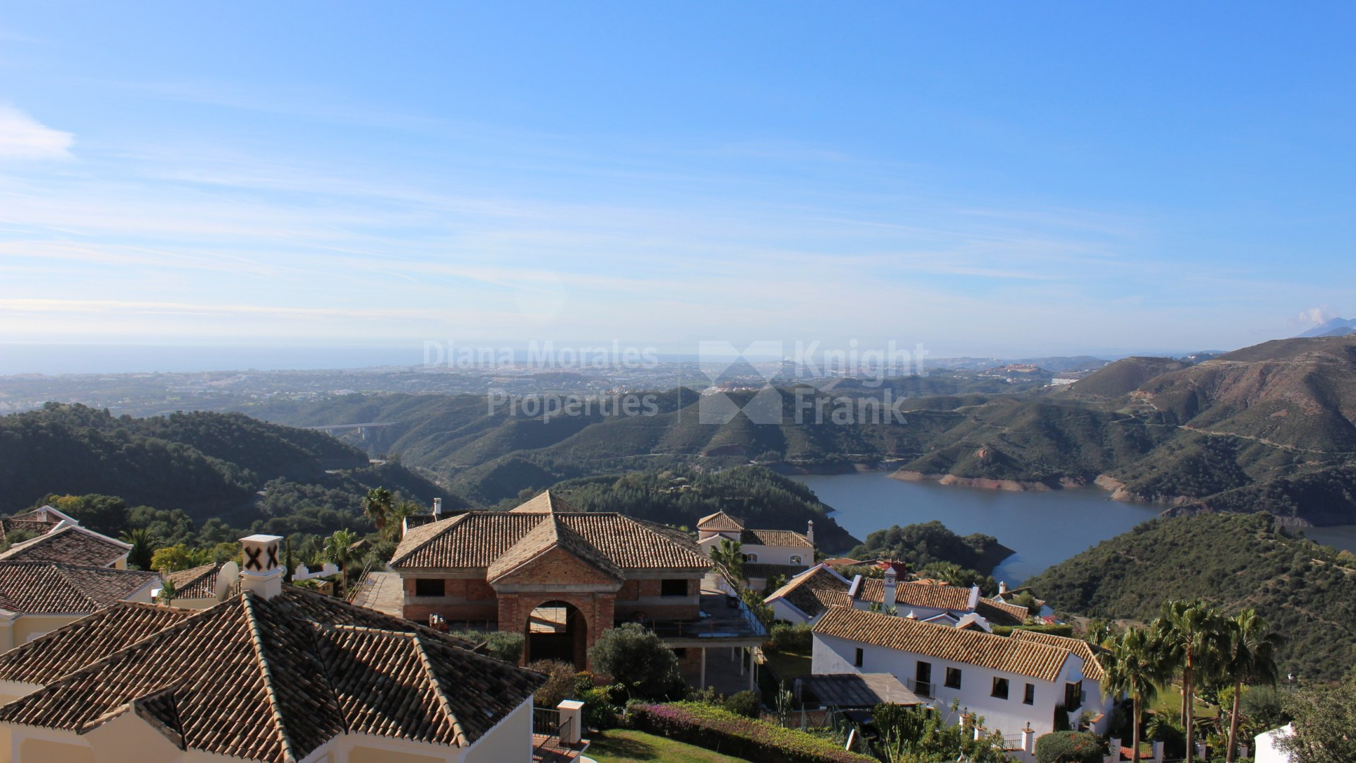 Sierra Blanca Country Club, Villa with exceptional panoramic sea views