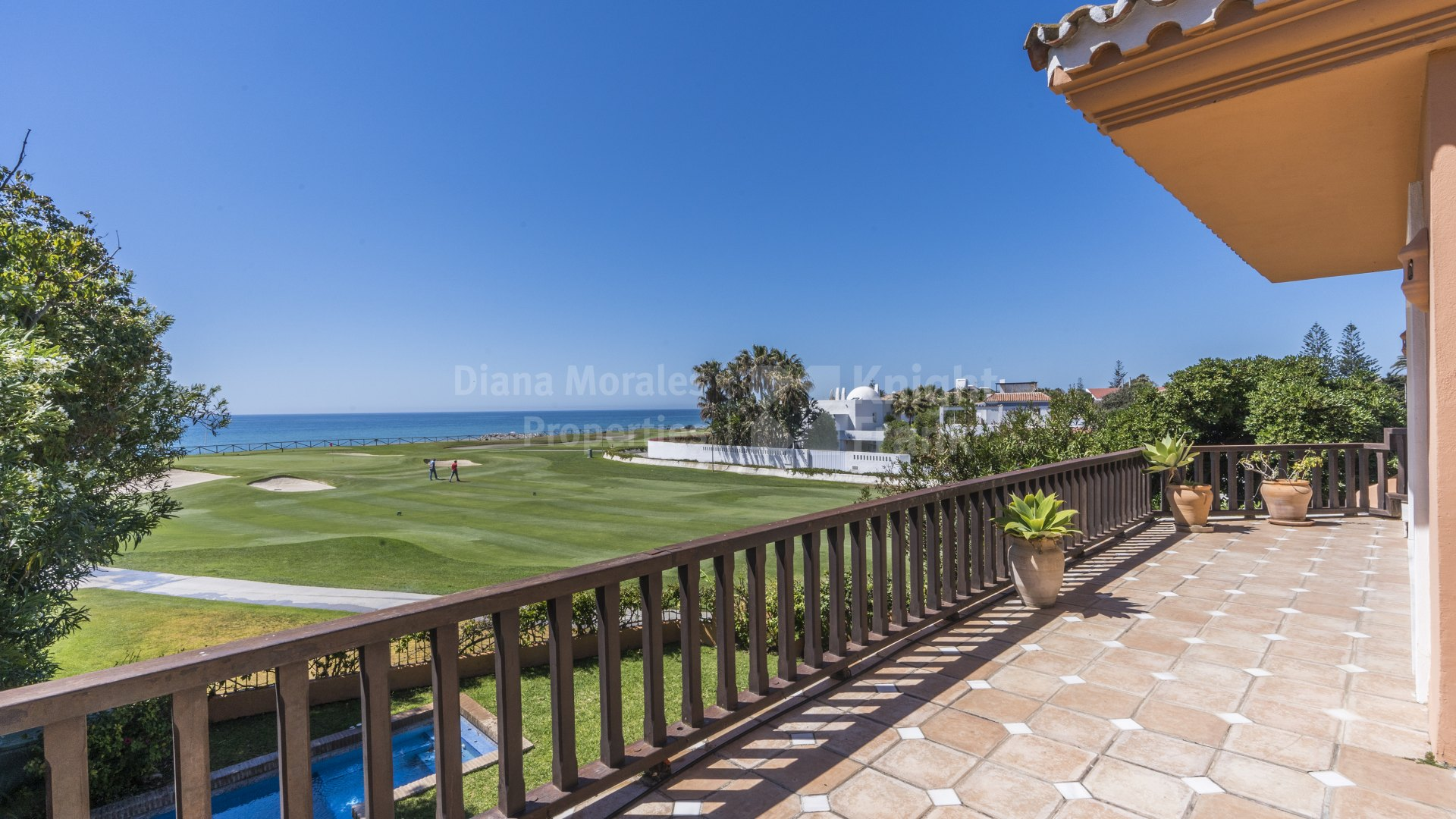 Guadalmina Baja, Private Villa Fronting Golf and Sea