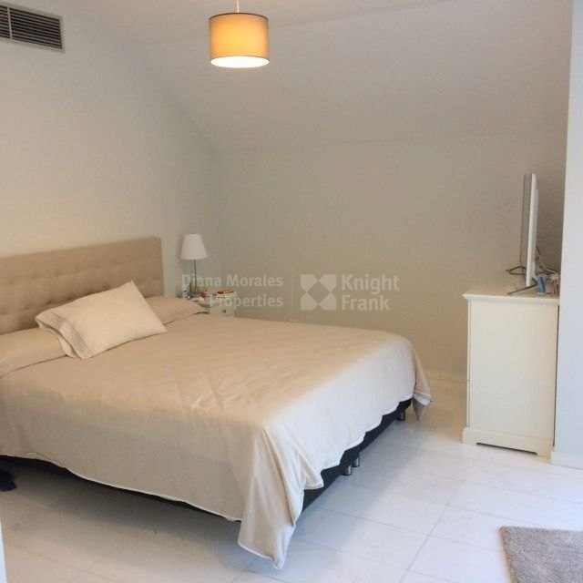 Duplex For Rent Apartments: Impeccable Duplex Apartment Flooded With Light