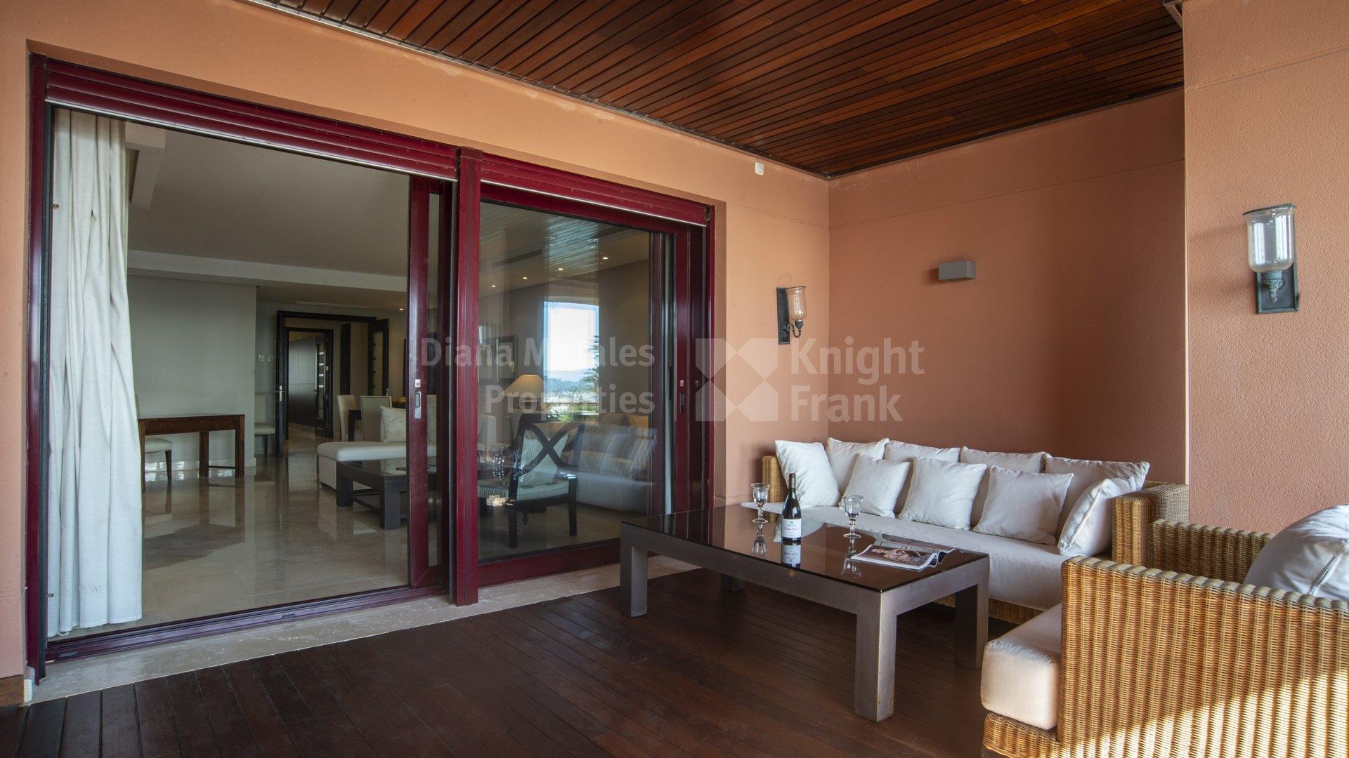 Elegant Beachfront Apartment - Apartment for sale in ...