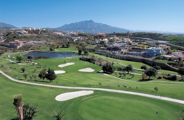 La Alqueria - Amid Golf Courses
