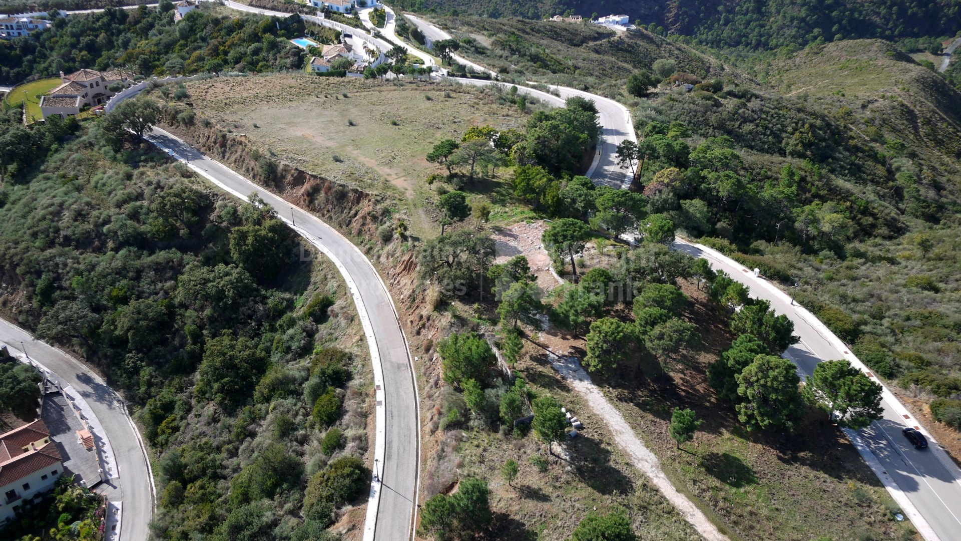 Monte Mayor, Spectacular building land with sea views close to Marbella