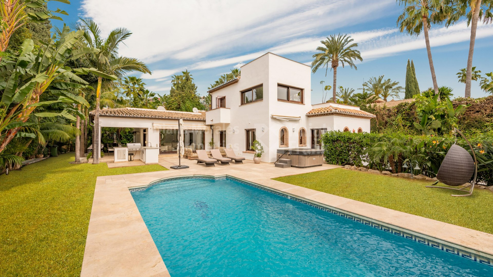 Las Brisas, Villa close to golf