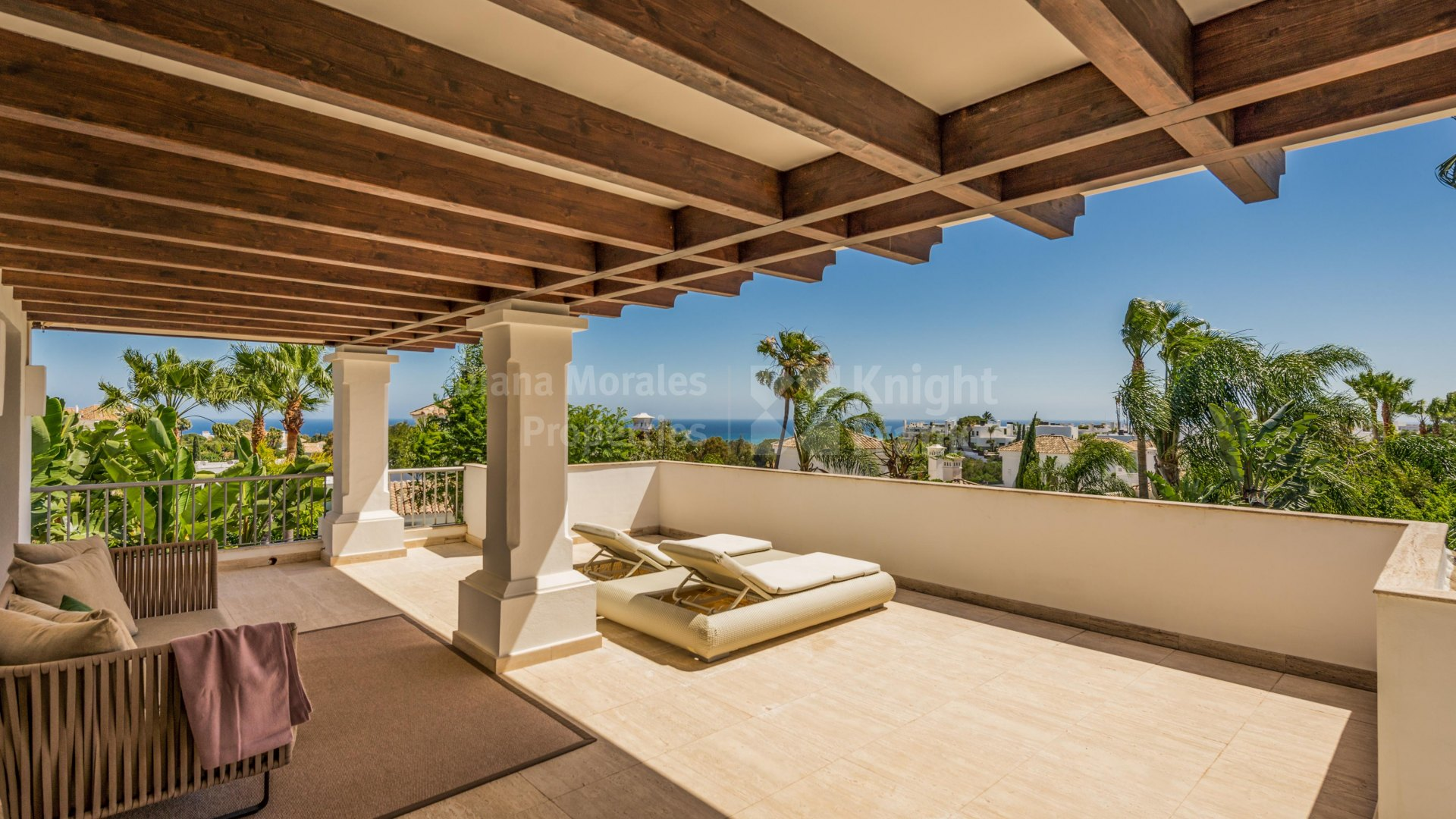 Lomas de Magna Marbella, South facing villa in a Golden Mile gated complex
