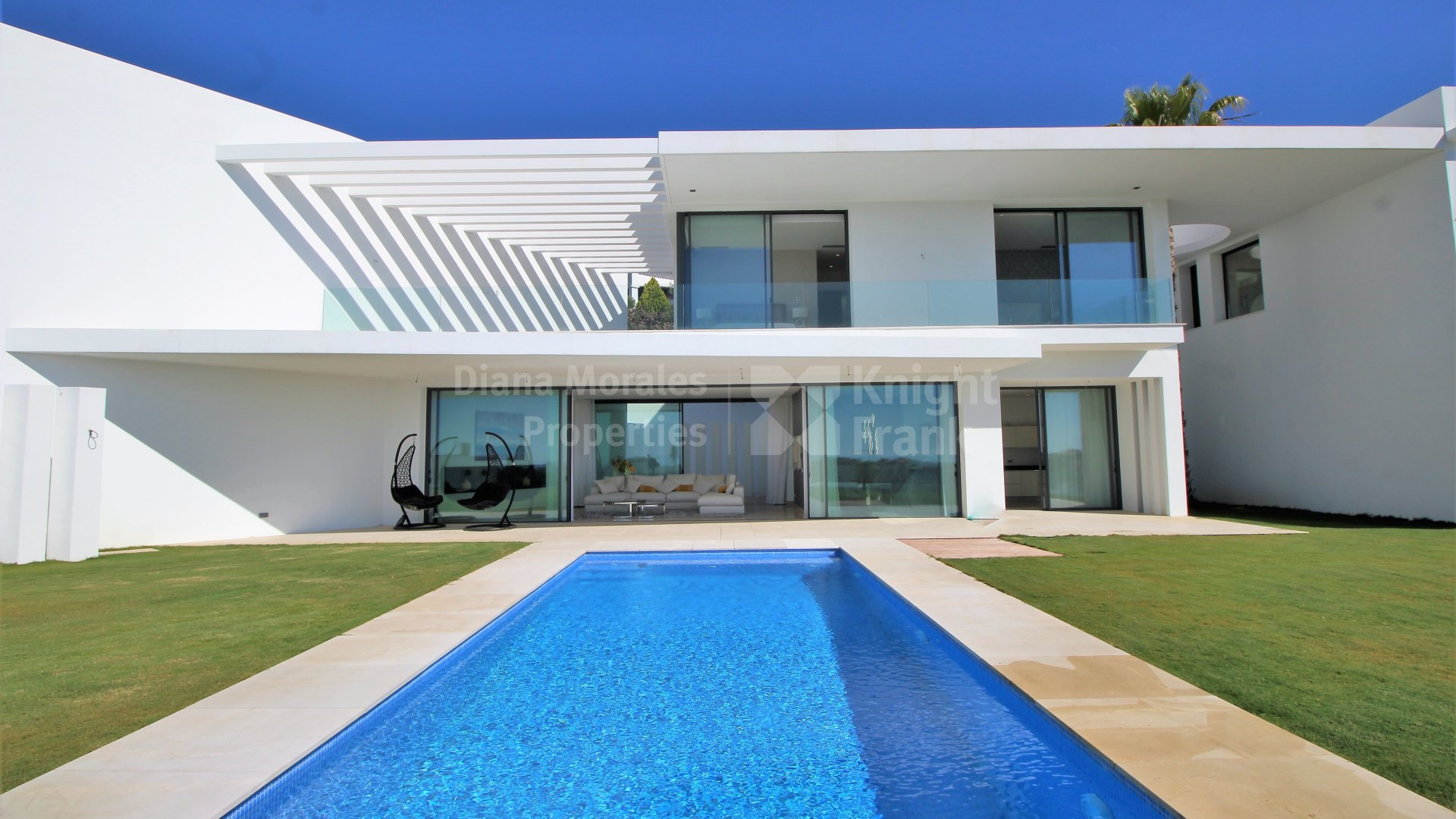 Brand New Villa in Capanes Sur