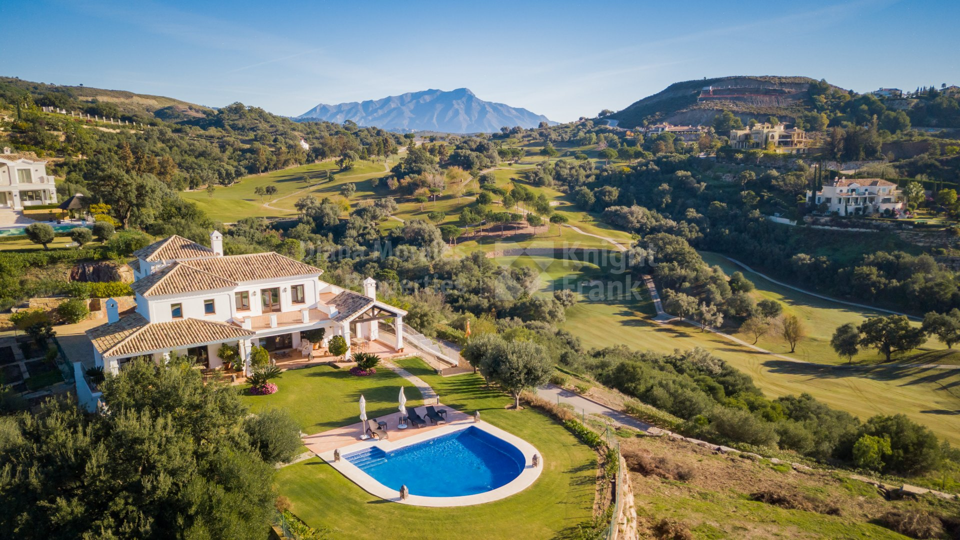 Marbella Club Golf Resort, Cautivadora Villa