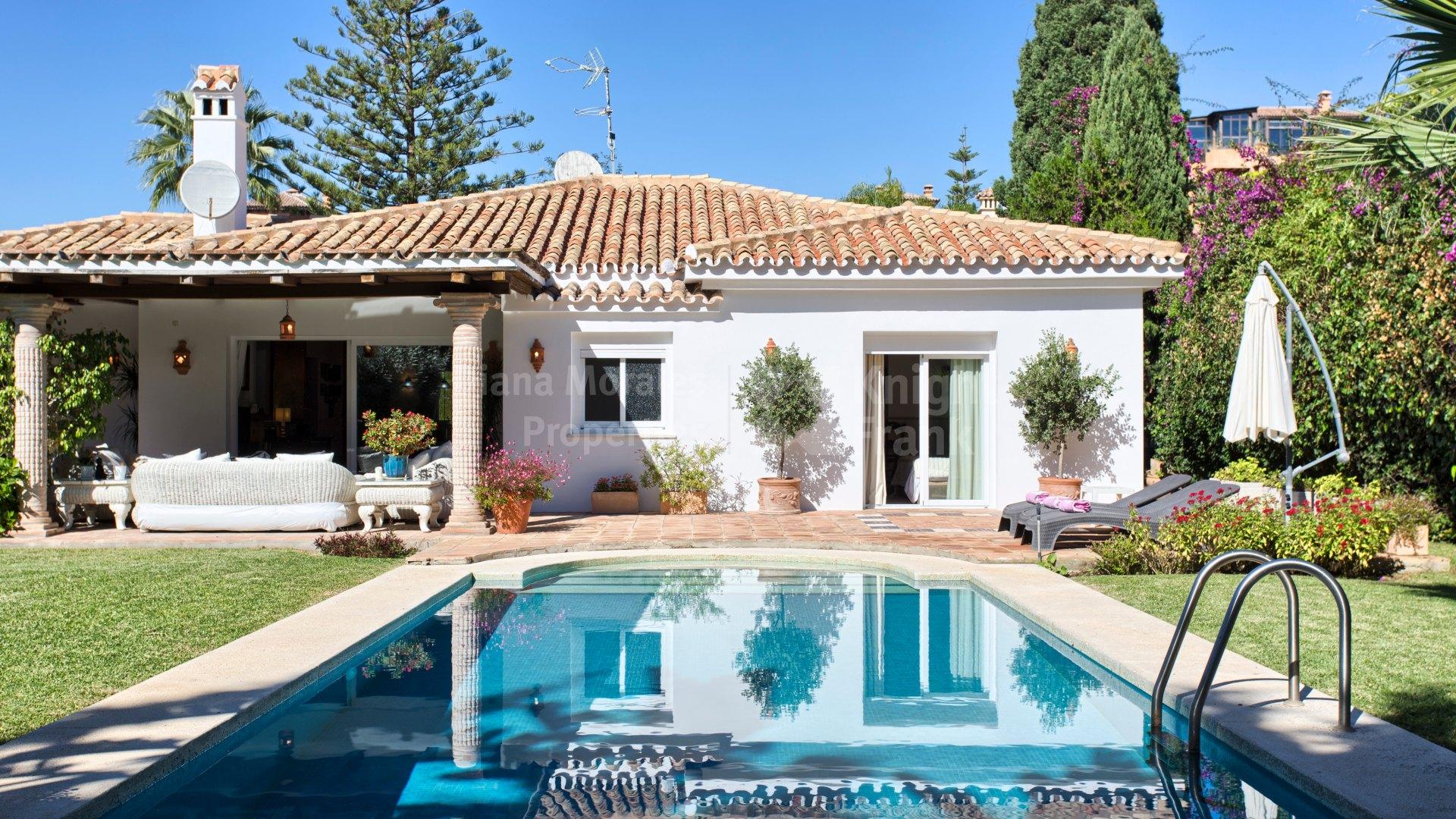 Villas en venta en el paraiso barronal estepona - Diana morales inmobiliaria ...