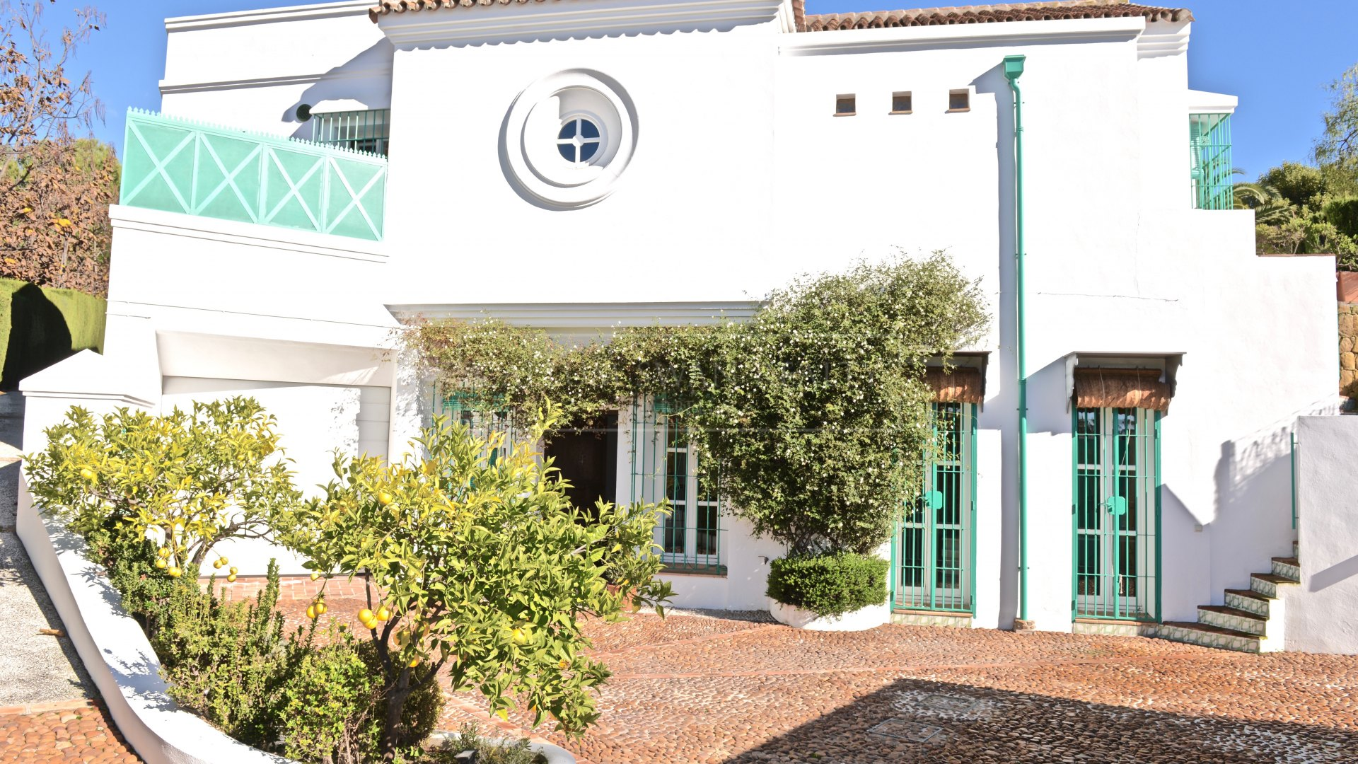 Charming andalusian family home walking distance to Marbella and the beach