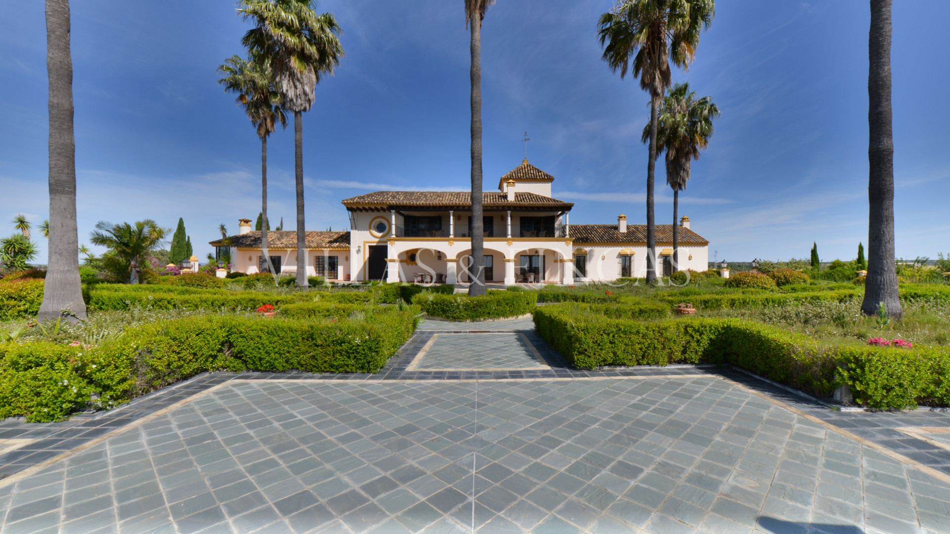 Estate for sale in Huelva