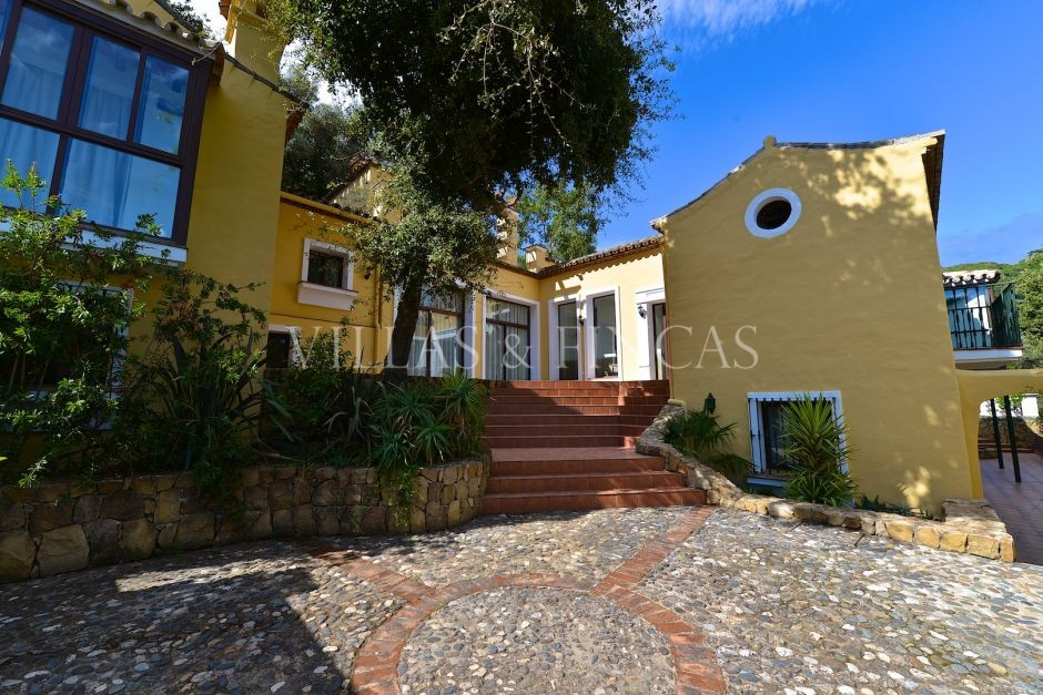 Country House for sale in Casares Montaña, Casares