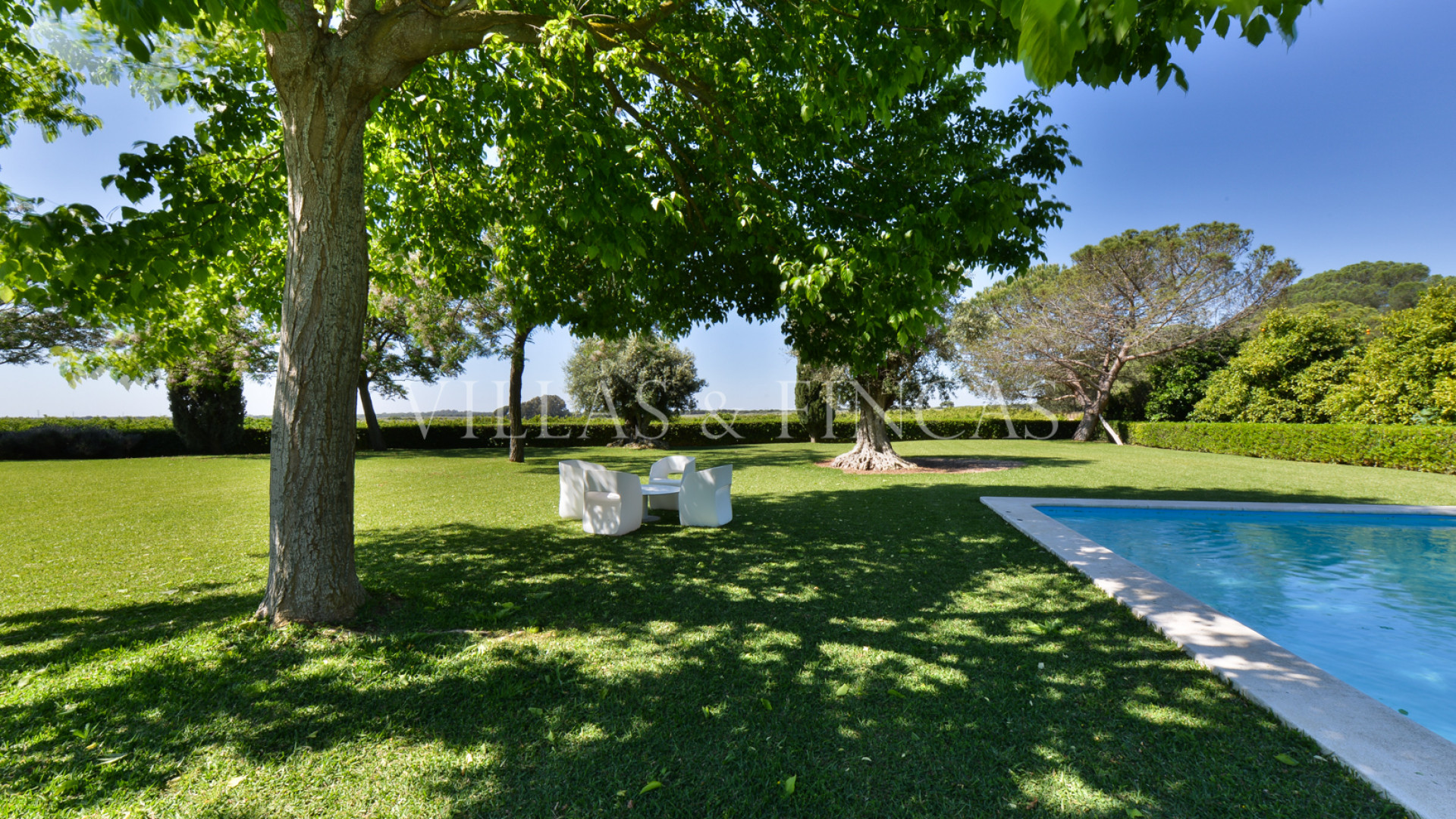 Villa for sale in Seville