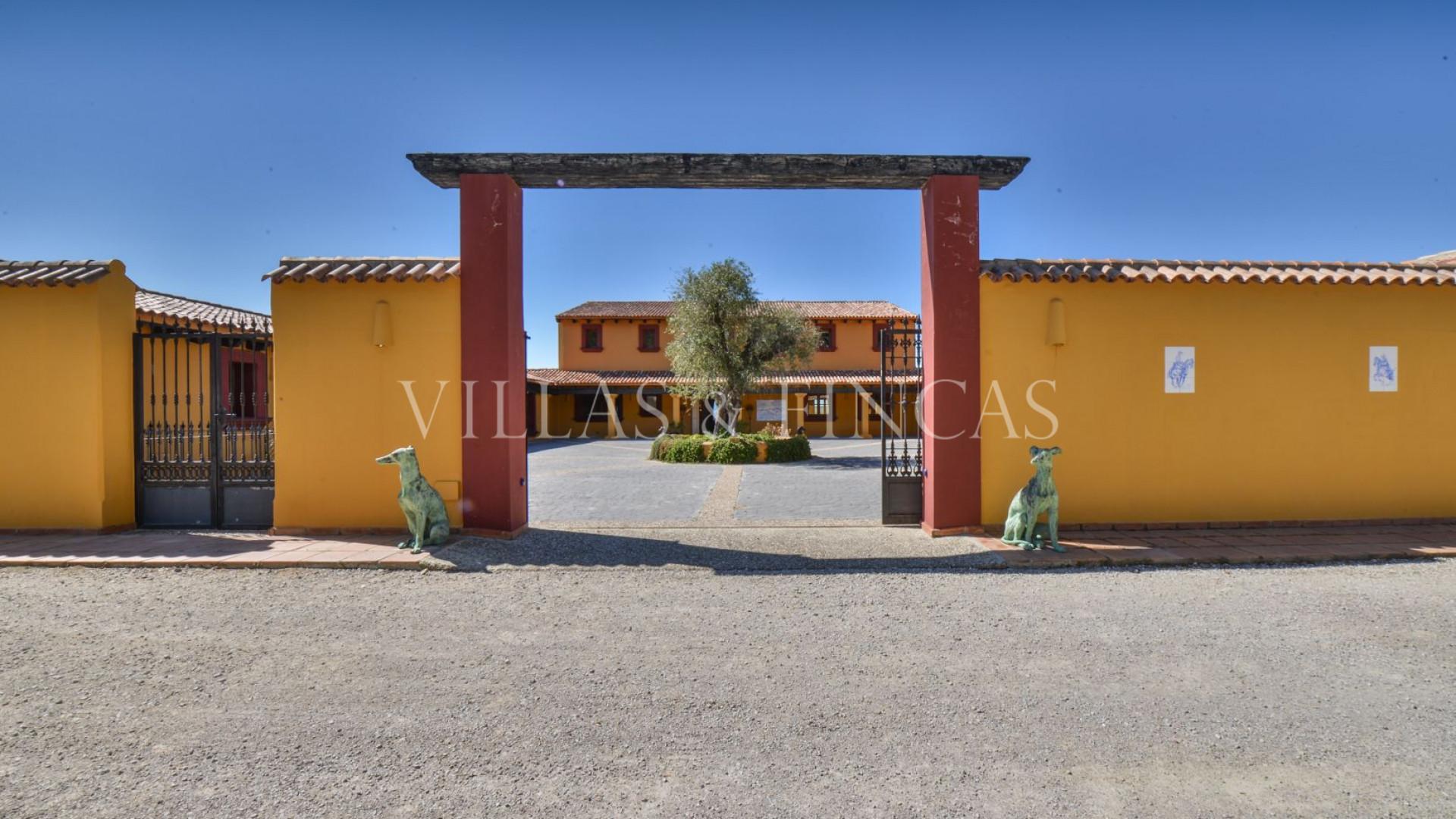 Cortijo till salu i Casares Montaña, Casares