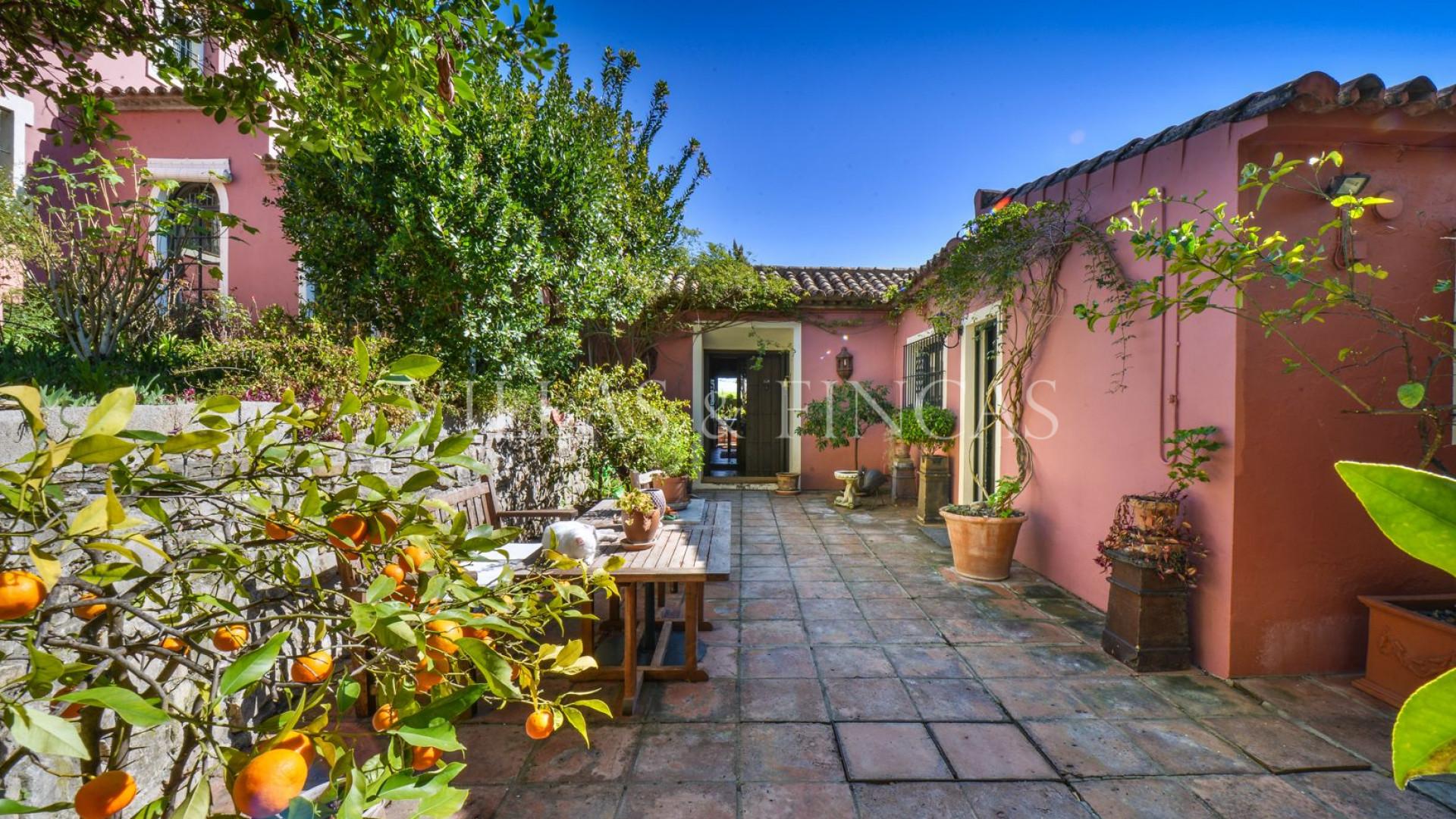 Landhaus im Verkauf in Jimena de La Frontera