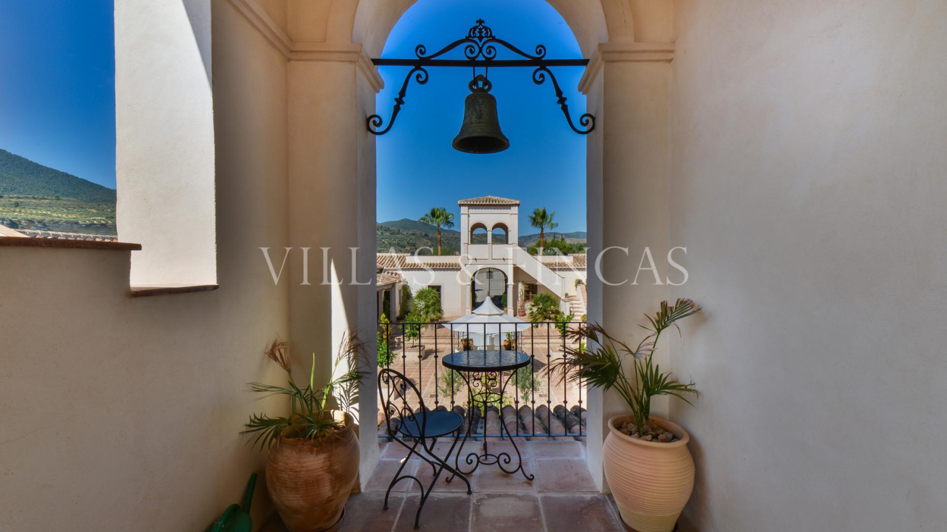 Cortijo for sale in El Valle