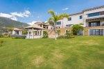 Villa with Mountain Valley Views