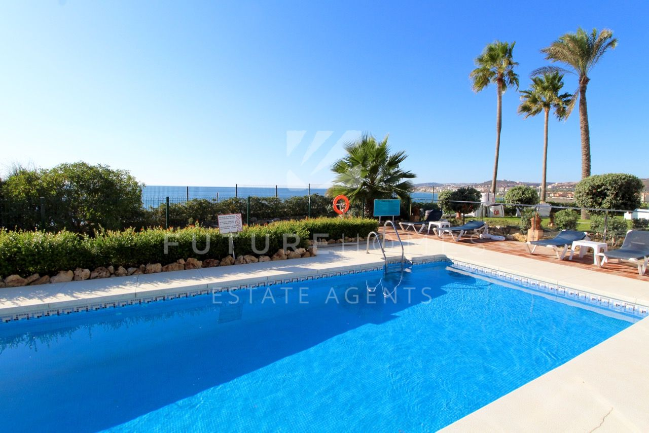 Stunning penthouse duplex apartment for sale in La Perla de la Bahia, Casares