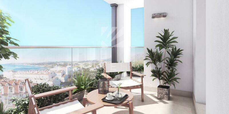 Modern apartments in Puerto Blanco next to Estepona port